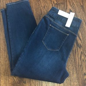 Chico's Pull- on Jeggings